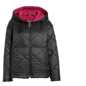NWT gorgeous Burberry lined quilted puffer jacket